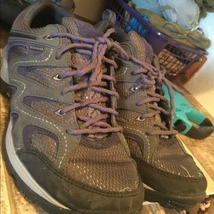 Women's Chaco Hiking Shoes